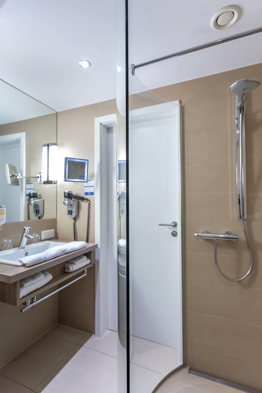 doppelzimmer im 4 jahreszeiten hotel lübeck buchen, Badezimmer ideen