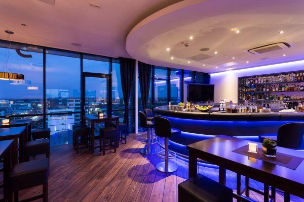 restaurant in l beck hotel vier jahreszeiten l beck. Black Bedroom Furniture Sets. Home Design Ideas